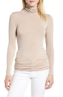 Layering Turtleneck Tan